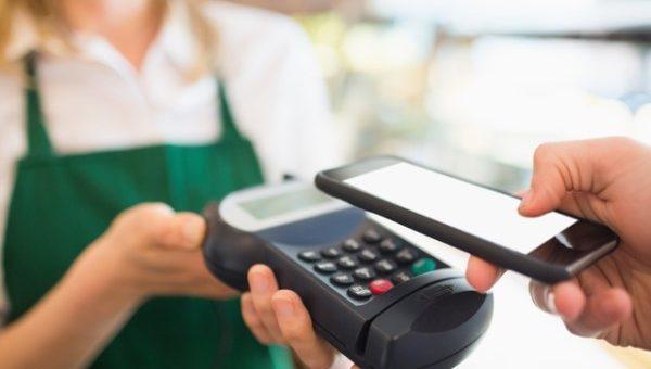 LINE Payを海外でも使用可能に。インバウンド業界からキャッシュレス化の流れが加速